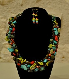 Bette Robinson Necklace and Earrings Item42 142 web
