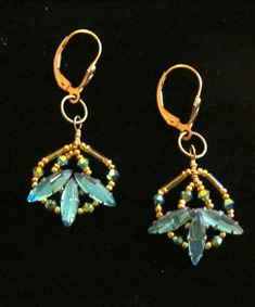 Cynthia Bloom Earrings NavettePeacock 120 web